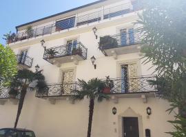 Rodeo Drive, apartment in Viareggio