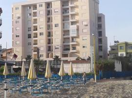 Quartz Apartament, hotel 5 estrellas en Durrës
