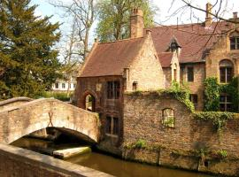 Guest House Nuit Blanche, boutique hotel in Bruges