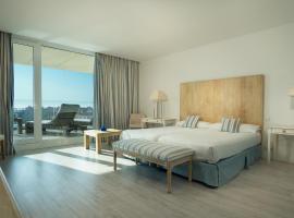 Suites Puerto Sherry, hotel cerca de Playa de La Puntilla, El Puerto de Santa María