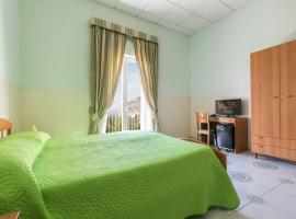 Sisters Hotel, hotel in Piano di Sorrento
