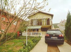 Apartment Sara, appartamento a Bilice (Bilizze)