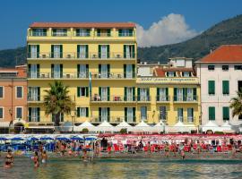 Hotel Danio Lungomare, hotel in Alassio