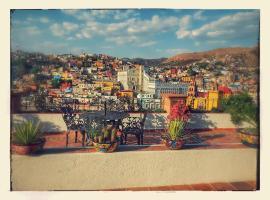 """Hotelito """"Casa Dionisio"""", hotel in Guanajuato"""