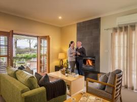 Spicers Vineyards Estate, country house in Pokolbin