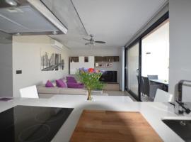 669 LOS DOLSES VILLAMARTIN, hotel near Real Club de Golf Campoamor, Villacosta