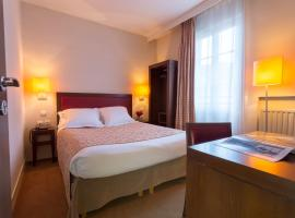 Le Home, hotel near Gallieni Metro Station, Vincennes