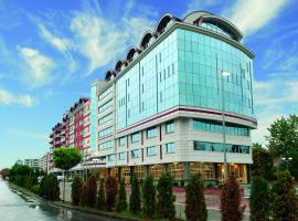 TCC Grand Plaza Hotel, hotel near Skopje City Mall, Skopje