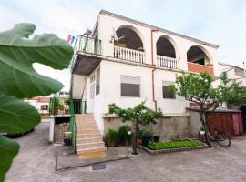 Apartman Lastavica, hotel near Zadar Airport - ZAD,