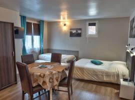Residence Le Bellevue, hotel near Carpiquet Airport - CFR,