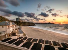 Tolcarne Beach Colonial Restaurant and Rooms, pet-friendly hotel in Newquay