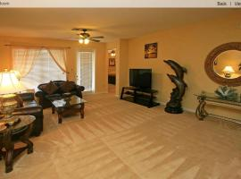 Executive 3 Bedroom Villa at Universal, apartment in Orlando