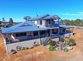 Mountain Park Retreat, pet-friendly hotel in Perth