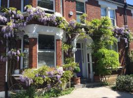 The Lilac Door, bed and breakfast en Londres