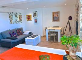 Appartement vieil Antibes, hôtel à Antibes