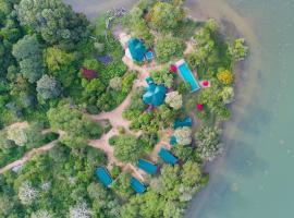 Flameback Eco Lodge - Level 1 Safe & Secure, Hotel in Tissamaharama
