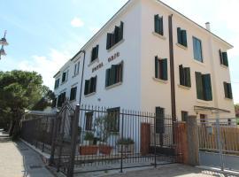Hotel Villa Orio e Beatrice, hotel en Lido de Venecia