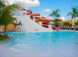 Lacqua Diroma -CN HOSPEDAGEM, hotel near Ipes Square, Caldas Novas