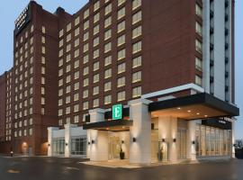 Embassy Suites By Hilton Toronto Airport, hotel in Toronto