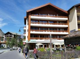 Hotel Parnass, hotel near Furi - Riffelberg, Zermatt