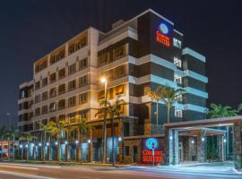 Comfort Suites Fort Lauderdale Airport & Cruise Port, hotel near Museum of Art Fort Lauderdale, Dania Beach