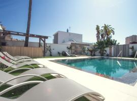 Pixel, guest house in Torremolinos
