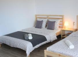 Pokoje Na Szkolnej – hotel w pobliżu miejsca Rodzinny park rozrywki Energylandia w Zatorze
