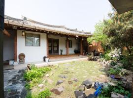 Sosohan Hanok, place to stay in Jeonju