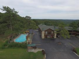 Country Mountain Inn, hotel in Eureka Springs