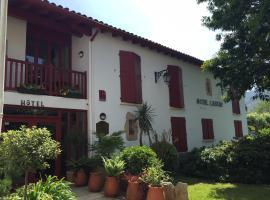 Hôtel Lastiry, hôtel à Sare près de: Le Train de La Rhune