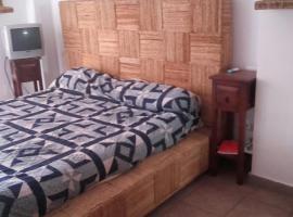 Habitaciones en Casa compartida Retamar, hotel in zona Aeroporto di Almeria - LEI,