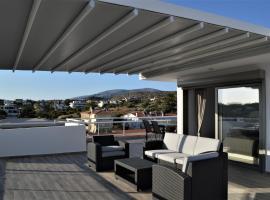 Athens Riviera Loft, hotel near Astir Beach, Athens