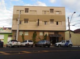 Hotel Cristal, hotel em Barra Bonita