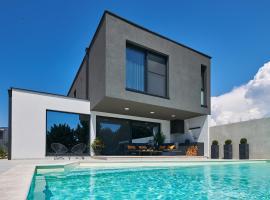 Villa Contessa, luxury hotel in Novigrad Istria