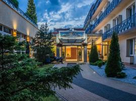 Hotel *** NAT Kołobrzeg, отель в Колобжеге