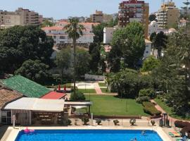 Carihuela Park Palace - Cocasa, appartement in Torremolinos