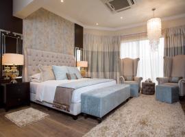 Villa Monticello Boutique Hotel, hotel in Accra