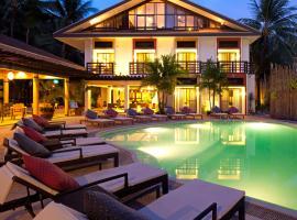 Microtel by Wyndham Boracay, hotel near Diniwid Beach, Boracay