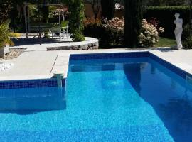 Villa Azurella, hôtel à Brignoles