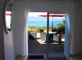 Villa Ghiatone, vacation rental in Pietrosella