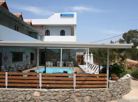 Naiades Almiros River Hotel, hotel v mestu Agios Nikolaos