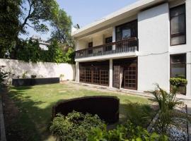 Antilia Villa, homestay in New Delhi