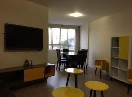 apartamento 03 dormitorios, hotel near Estação Mall, Curitiba