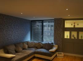 2 Bedroom Apartment - Close to Piccadilly Train Station / Edge of the Northern Quarter, hotel near Etihad Stadium Manchester, Manchester