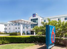 Motel 6-Irving, TX - DFW Airport North, hotel in Irving