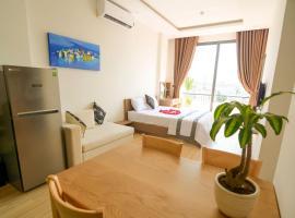 July Apartment, hotel in Danang