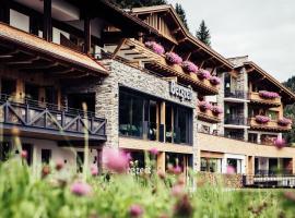 Biohotel Bergzeit, Hotel in Zöblen
