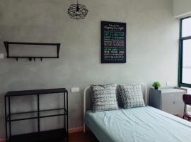 Thirteenth Floor Vacation Home, apartment in Malacca