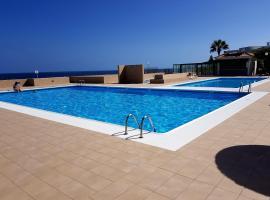 Apartment direkt am Meer, hotel in Costa Del Silencio