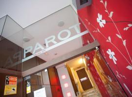 Apartamentos Parot Quality, hotel in Santa Eularia des Riu